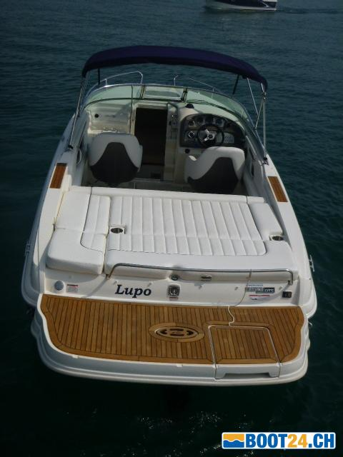 <b>Sea Ray 240 SSE</b>