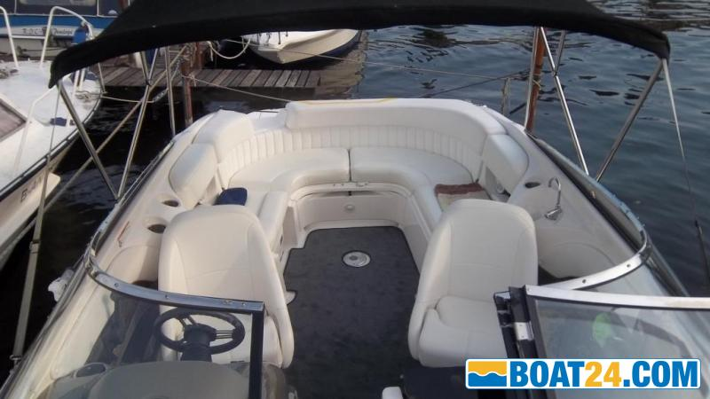 <b>Regal 2450</b><br/>Cuddy Cabin, Kaj&uuml;tboot,kein Bowrider