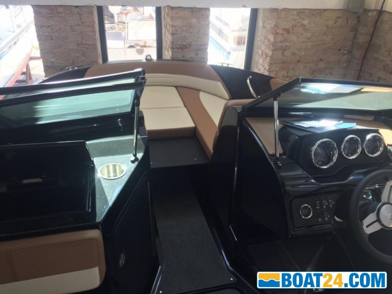 <b>Sea Ray 19SPX black beauty</b><br/>Mercruiser, Wakeboard,Wasserski, keine Bayliner, Regal, Four Winns