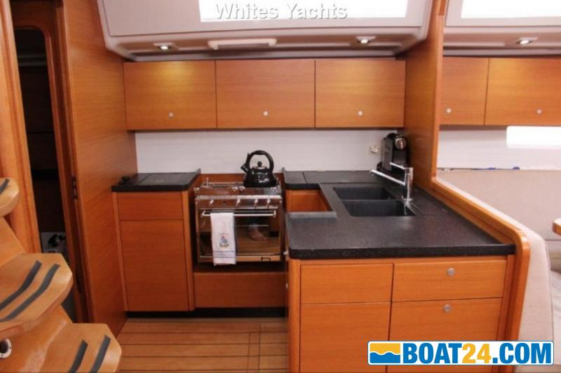 <b>Grand Soleil 54</b><br/>galley
