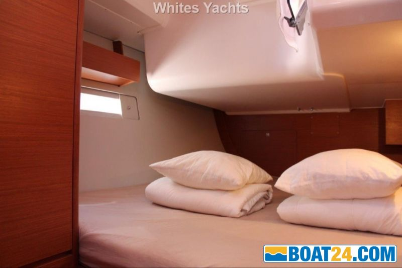 <b>Dufour 412 Grand Large</b><br/>aft cabin starboard