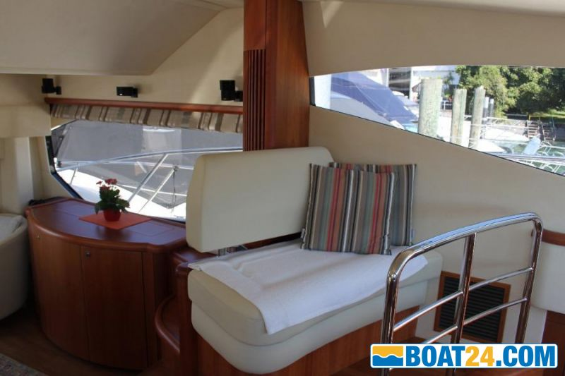 <b>Sunseeker 52 Manhattan</b><br/>Salon5