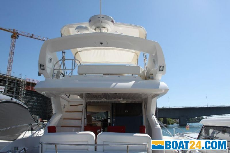 <b>Sunseeker 52 Manhattan</b><br/>Heck