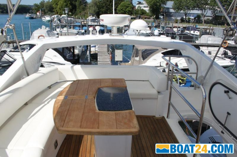 <b>Sunseeker 52 Manhattan</b><br/>Flybridge