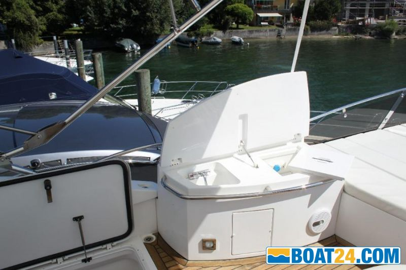 <b>Sunseeker 52 Manhattan</b><br/>Flybridge4