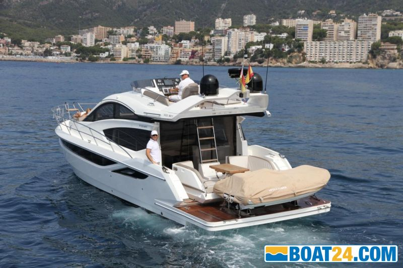 <b>Galeon 430 Tender on Plattform</b>