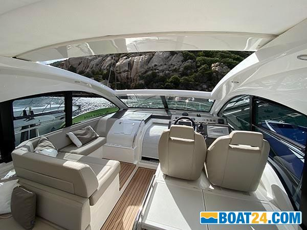 <b>Fairline Targa 48</b><br/>