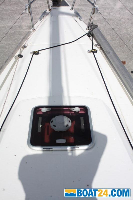 <b>Fore-deck View (1)</b><br/>