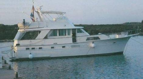 Hatteras Yachts 53