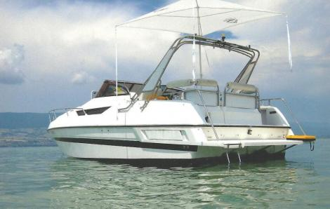 Nuova  Fiberglass Executive 30 Aquaviva