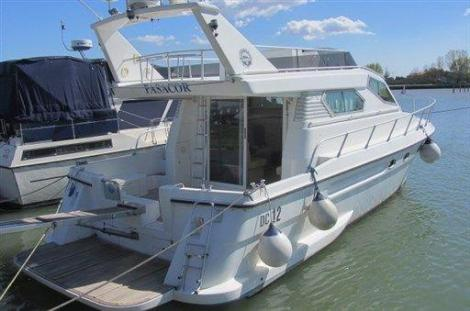 Dellapasqua Dc 12 Flying Bridge