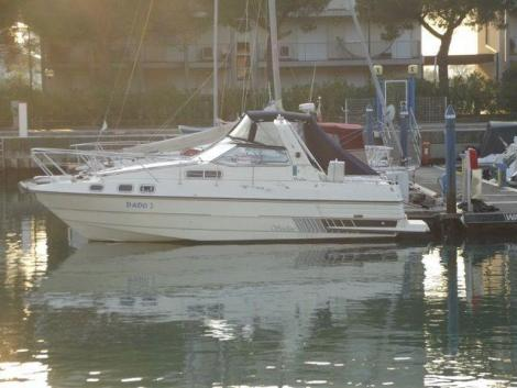 Sealine 285 Family Cruiser