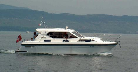 Haines Marine 31 Coastal Sedan