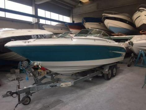 Sea Ray 220 Bowrider
