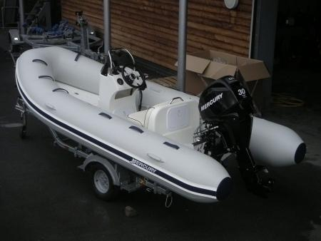 Mercury 420 Ocean Runner + 40 PS Motor