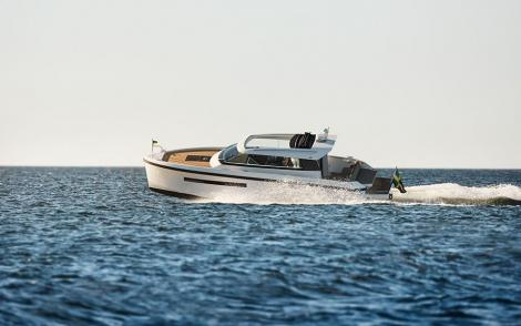 Delta Powerboats 33 CE Coupé