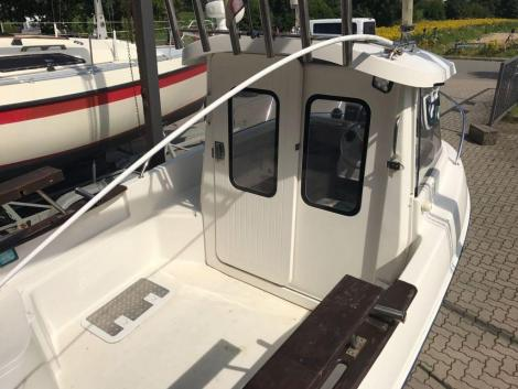 Quicksilver Pilothouse 500
