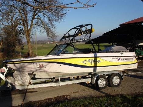 Correct Craft Super Air Nautique 210 - 2002