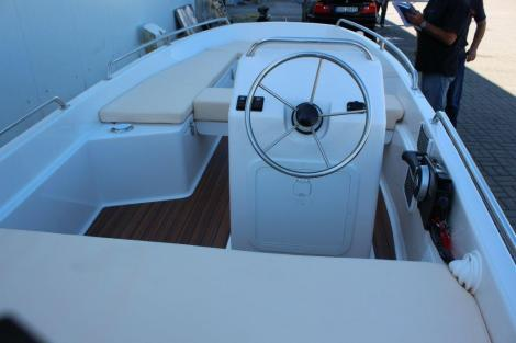 Atlantic Marine 440 open