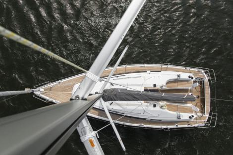 Bavaria CRUISER 34, 40 Years Edition
