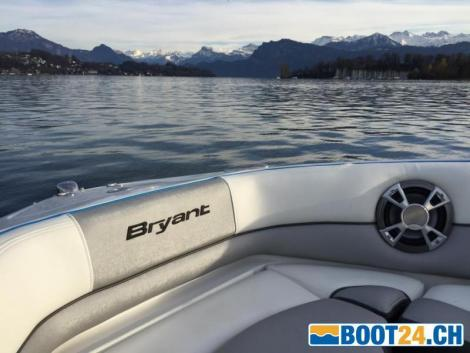 Bryant Boats 210 Walkabout