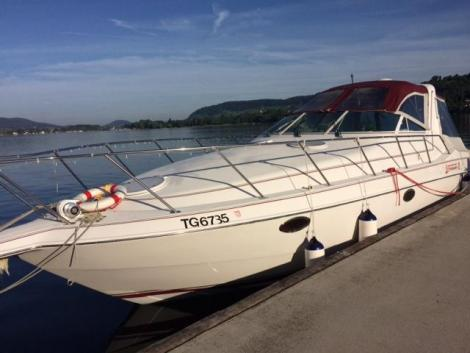 Chris Craft 322 CROWNE
