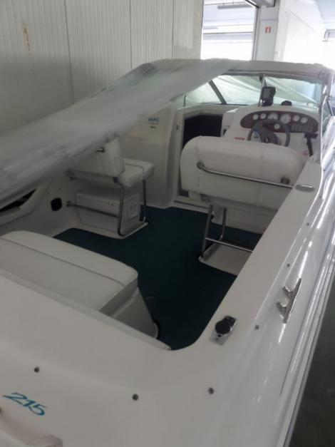 Sea Ray 215 EC