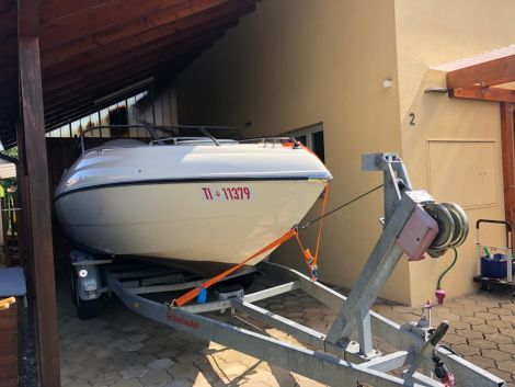 Stingray 190 CX mit Bojenplatz in Ascona