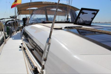 <b>Dufour 412 Grand Large</b><br/>deck view