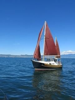 Fisher Ketch 25
