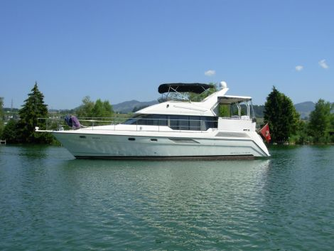 Bayliner 4387 Flybridge 45 Fuss