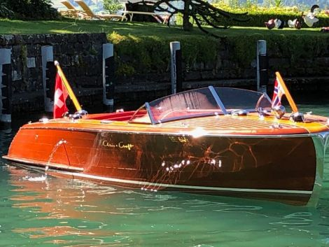 Chris Craft 20 Custom Runabout