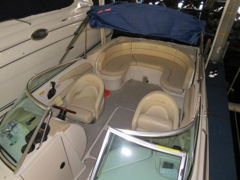 Sea Ray 260 Bowrider