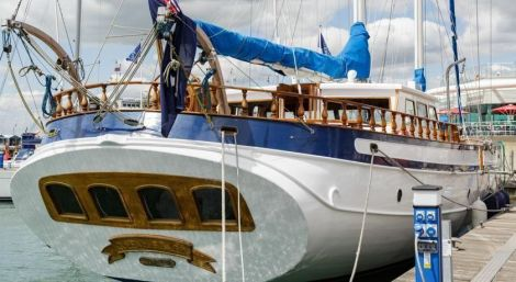 27m Custom Built Schooner