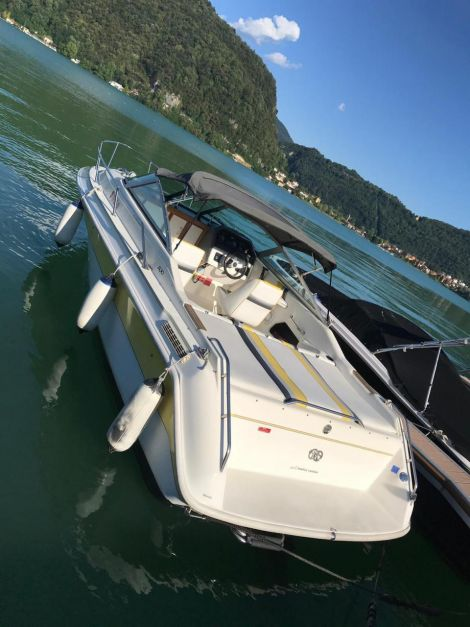 Sea Ray 230 cc