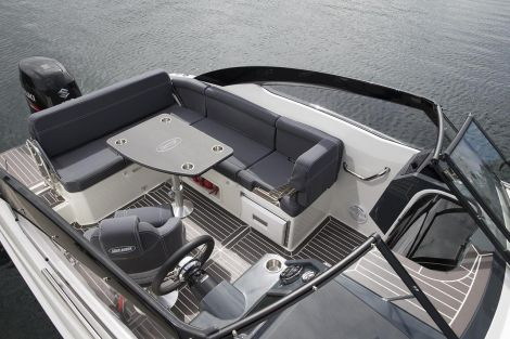 Parker 630 Bow Rider by Inter Yacht West