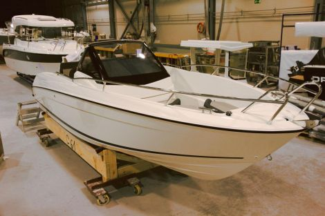 Parker 630 S Sport by Inter Yacht West