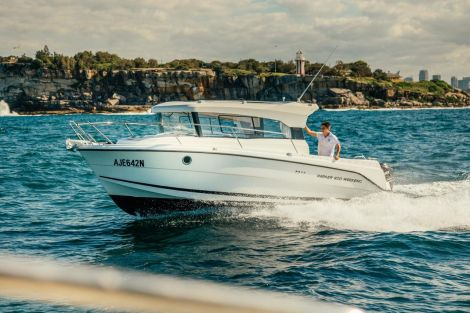Parker 800 WE Weekend by Inter Yacht West