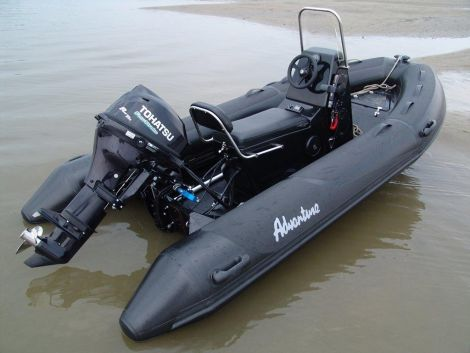 Adventure Boat V-380 ML-1