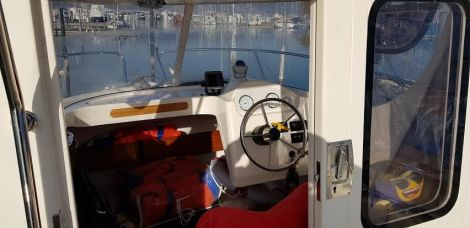 Quicksilver (Brunswick Marine) pilothouse 640