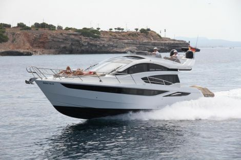 Galeon 430 Sky Port
