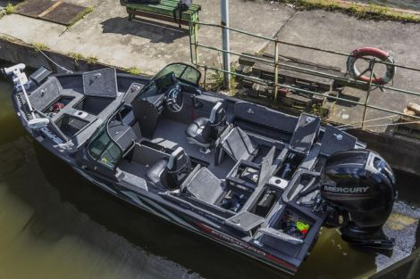 VBoats FishPro 54