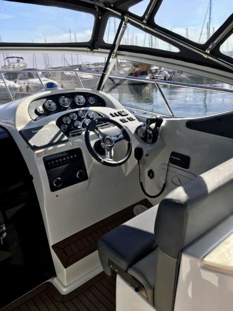Saver 330 Cabin mit 2x 4,5l Mercrusier