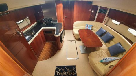 Saloon / Galley