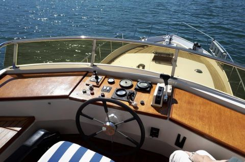 Condor Yachting 123S