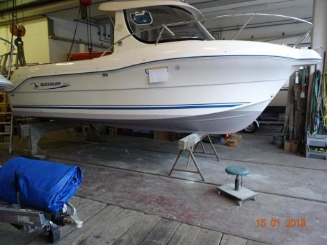 Quicksilver (Brunswick Marine) Pilothous 640