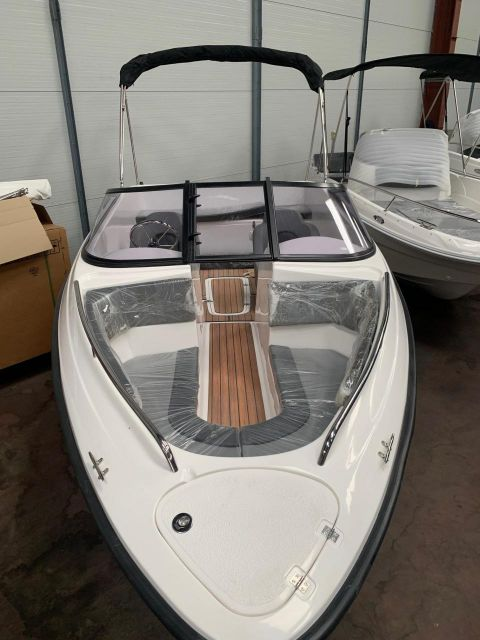 Polyester Yacht Marion 560 Elegance