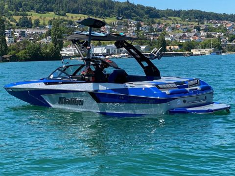Malibu 23 MXZ the Dominator