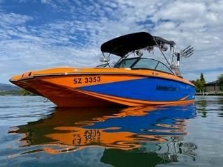 MasterCraft X25 Surf and Wake