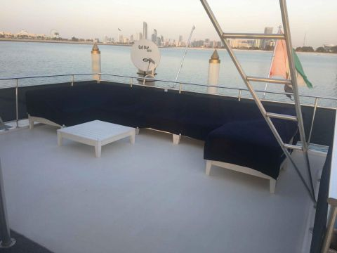 Luxery House Boat